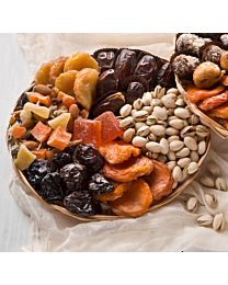 The Crowd Pleaser Dried Fruit & Nut Gift Tray